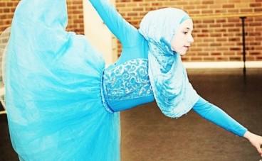 Cette Australienne de 14 ans veut devenir la première ballerine en hijab au monde