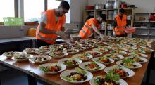 Ramadan à la mosquée d'Argenteuil : plus de 300 repas offerts chaque soir